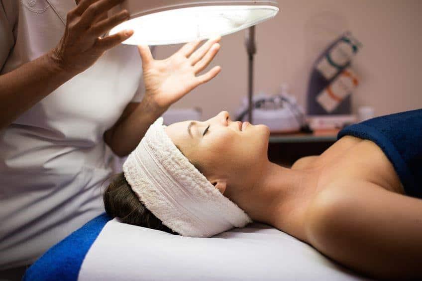 chin acne treatment